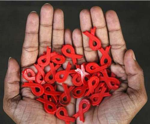 Всего лишь 23% ВИЧ – инфицированных людей в Украине имеют доступ к антиретровирусной терапии