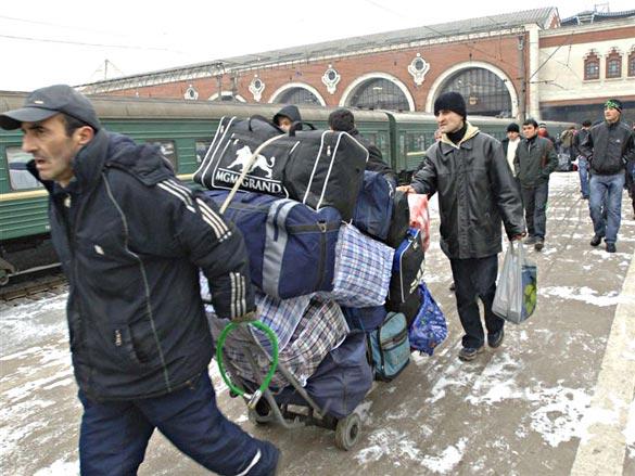 В Москве собираются ввести запрет на въезд ВИЧ-инфицированных мигрантов