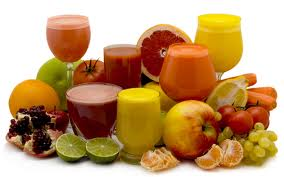 Свежевыжатые соки, как средство для укрепления иммунитета.