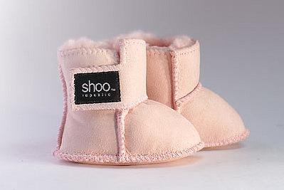 Полезная для здоровья обувь из овчины для вашего ребёнка