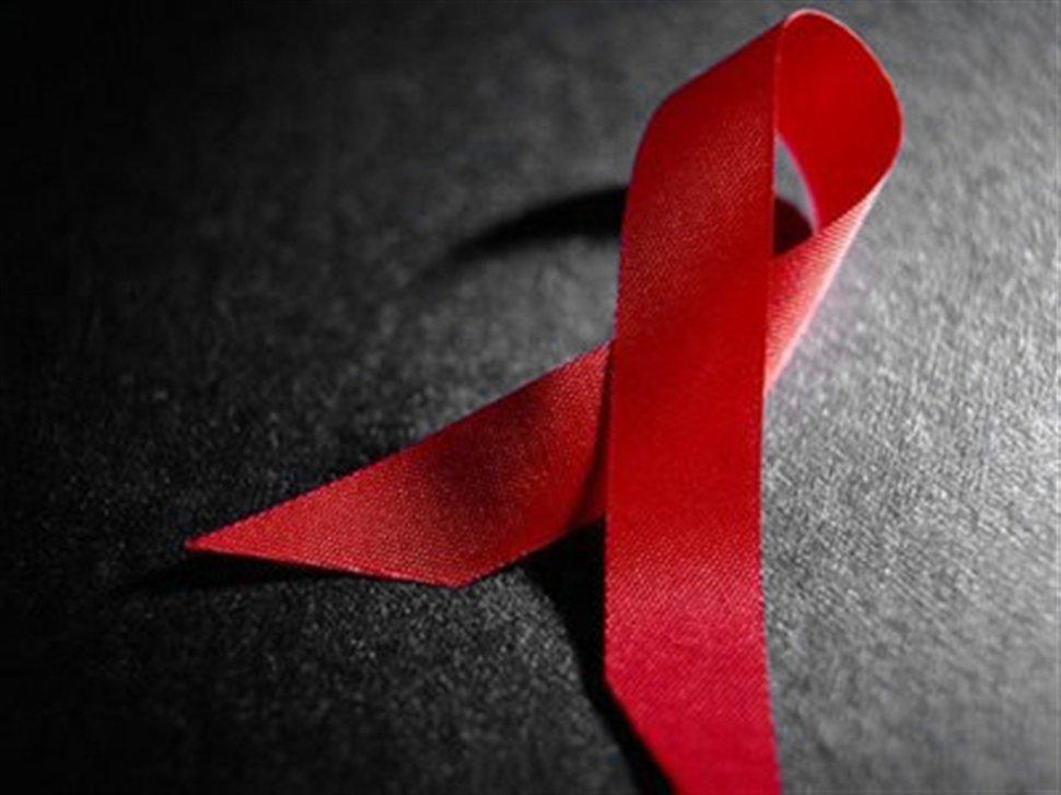 Российскую вакцину против ВИЧ начнут тестировать на людях
