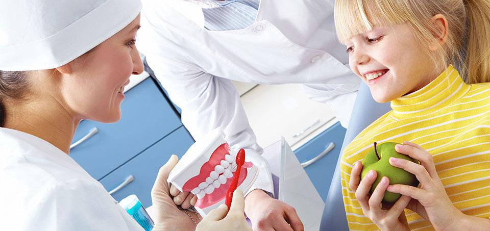 Как защитить ребенка от страха перед стоматологом
