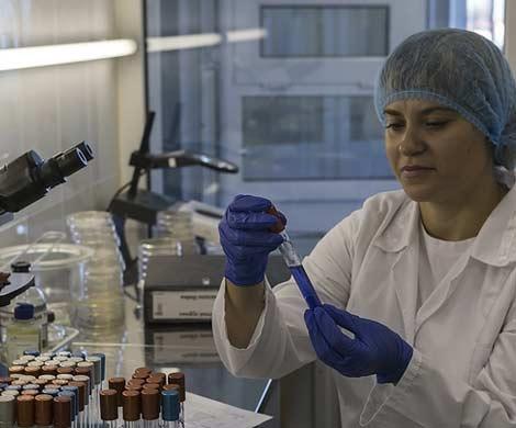 Вакцина против ВИЧ пошла на второй этап