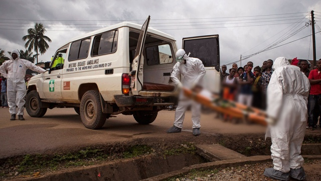 Число жертв лихорадки Эбола превысило 10 тыс. человек