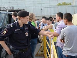 ФМС откажется от депортации иностранцев c ВИЧ при наличии родственников в России