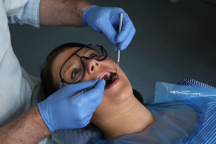 Стоматология круглосуточно: экстренная помощь в любой ситуации