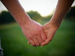 Верность партнеру – главная защита от ВИЧ
