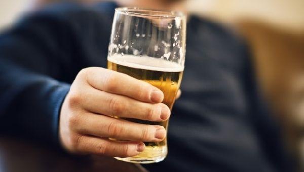 ВИЧ снижает толерантность к алкоголю