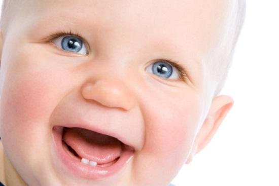 Кашель у ребенка при прорезывании зубок: норма или нет?
