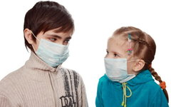 В Москве и Санкт-Петербурге более 300 школ закрыты на карантин по гриппу