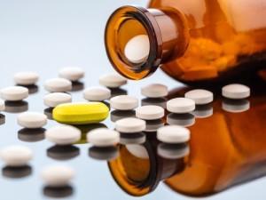 Производители лекарств считают, что пора признать эпидемию ВИЧ и гепатита C