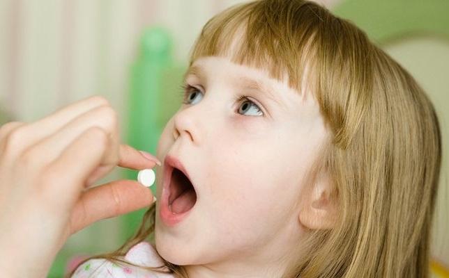 К чему приводит прием антибиотиков в детстве