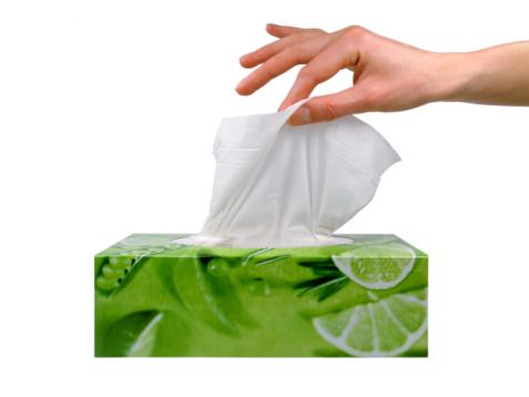 Антибактериальные салфетки не заменяют воду с мылом
