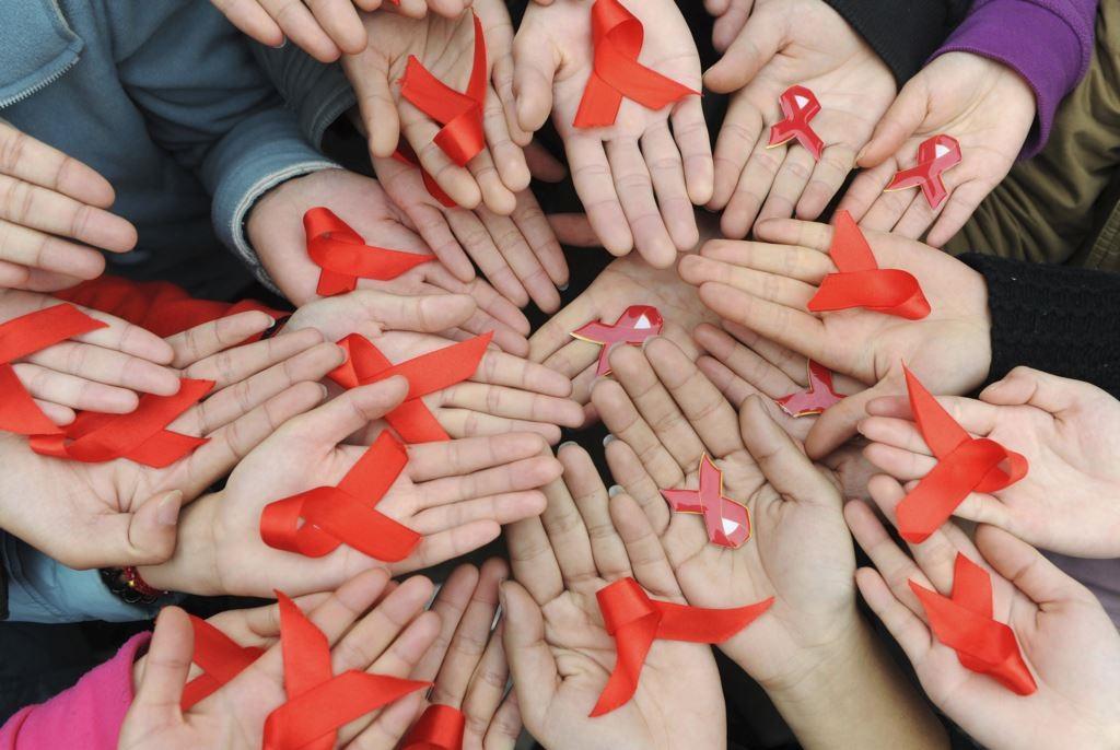 Витамины защищают от СПИДа