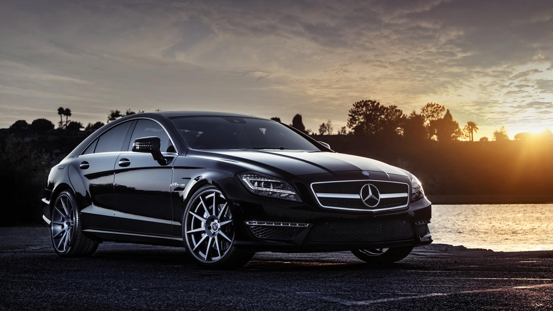 Аренда автомобилей от компании «Mercedes Black»