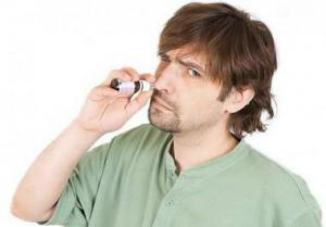 Почему появляется зависимость от сосудосуживающих капель в нос