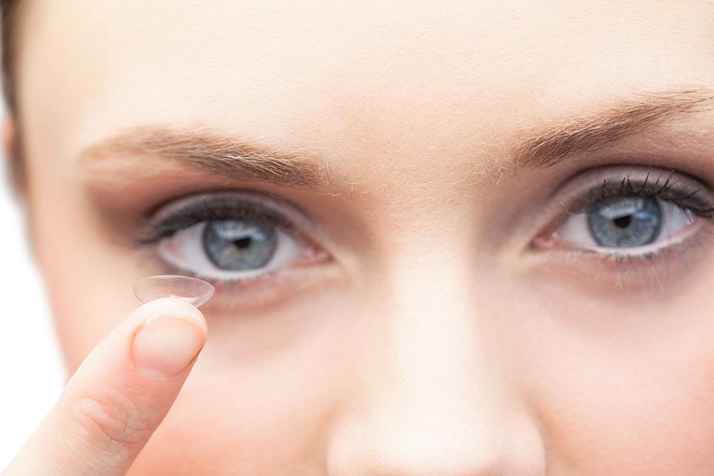 Как выбрать контактные линзы?