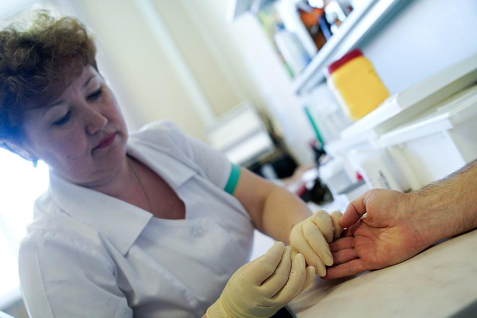 В Минздраве не поддержали идею обязательной постановки на учет ВИЧ-инфицированных