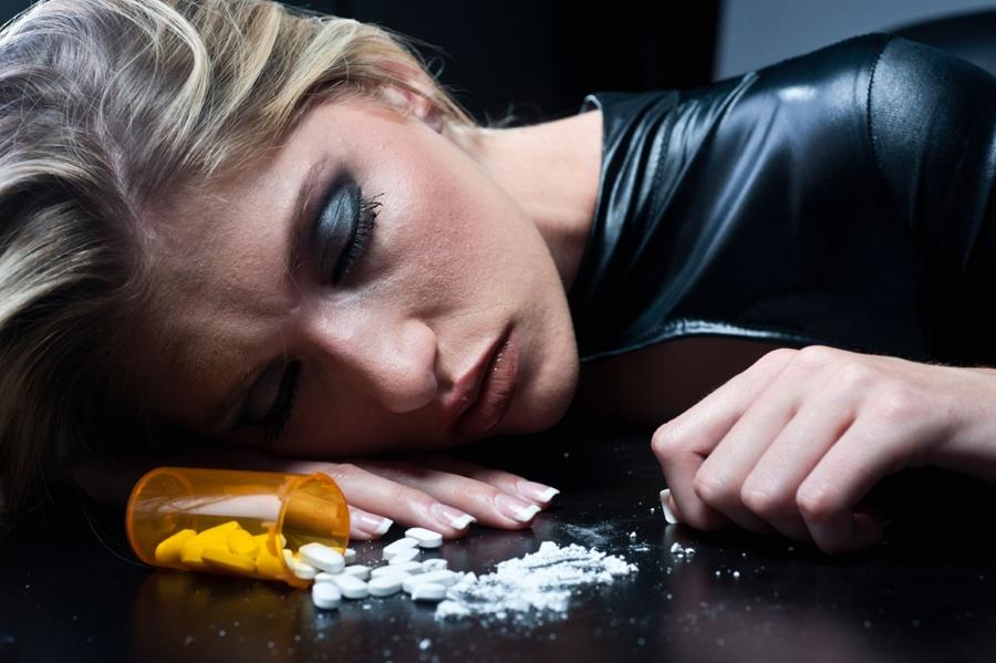 Наркомания. Что такое наркомания и алкогольная зависимость?