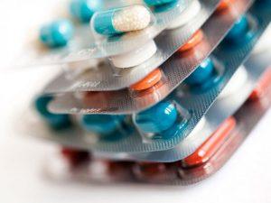 Выявлены три десятка лекарств, опасных для легких