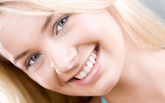 Естественная улыбка