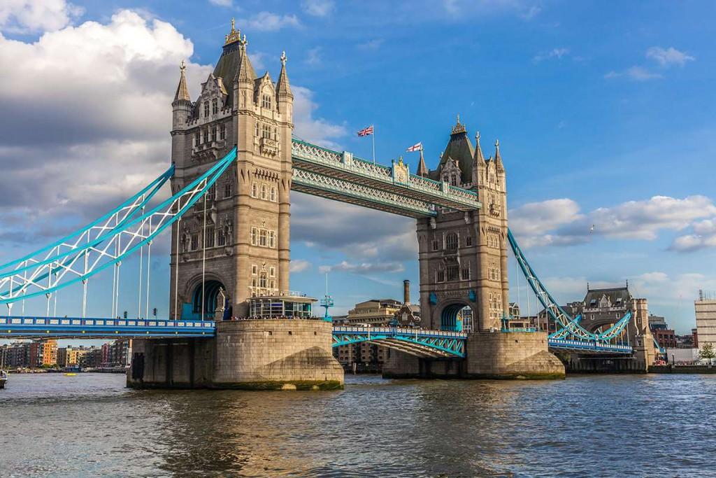 Достопримечательности Англии. Тауэрский мост