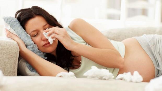 Простуда будущей матери провоцирует аллергию и астму у ребенка