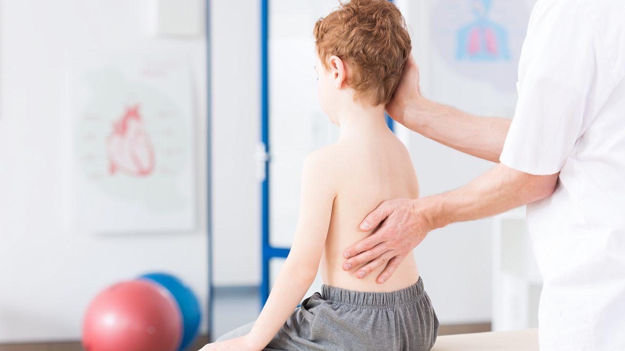 Обследование и лечение сколиоза у детей без оперативного вмешательства в клинике «ГОРОД-МЕД»