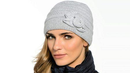 Особенности выбора женских шапок