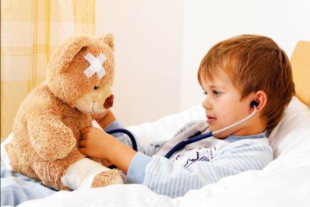 В России родителей обяжут лечить детей от ВИЧ