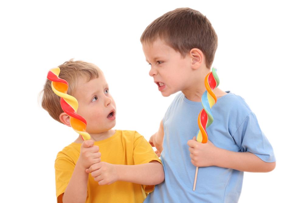 Агрессивное поведение в детском саду: причины и рекомендации родителям