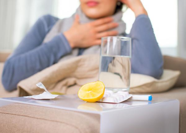 Что помогает нам избежать гриппа лучше всего: мыло или дезинфицирующее средство?