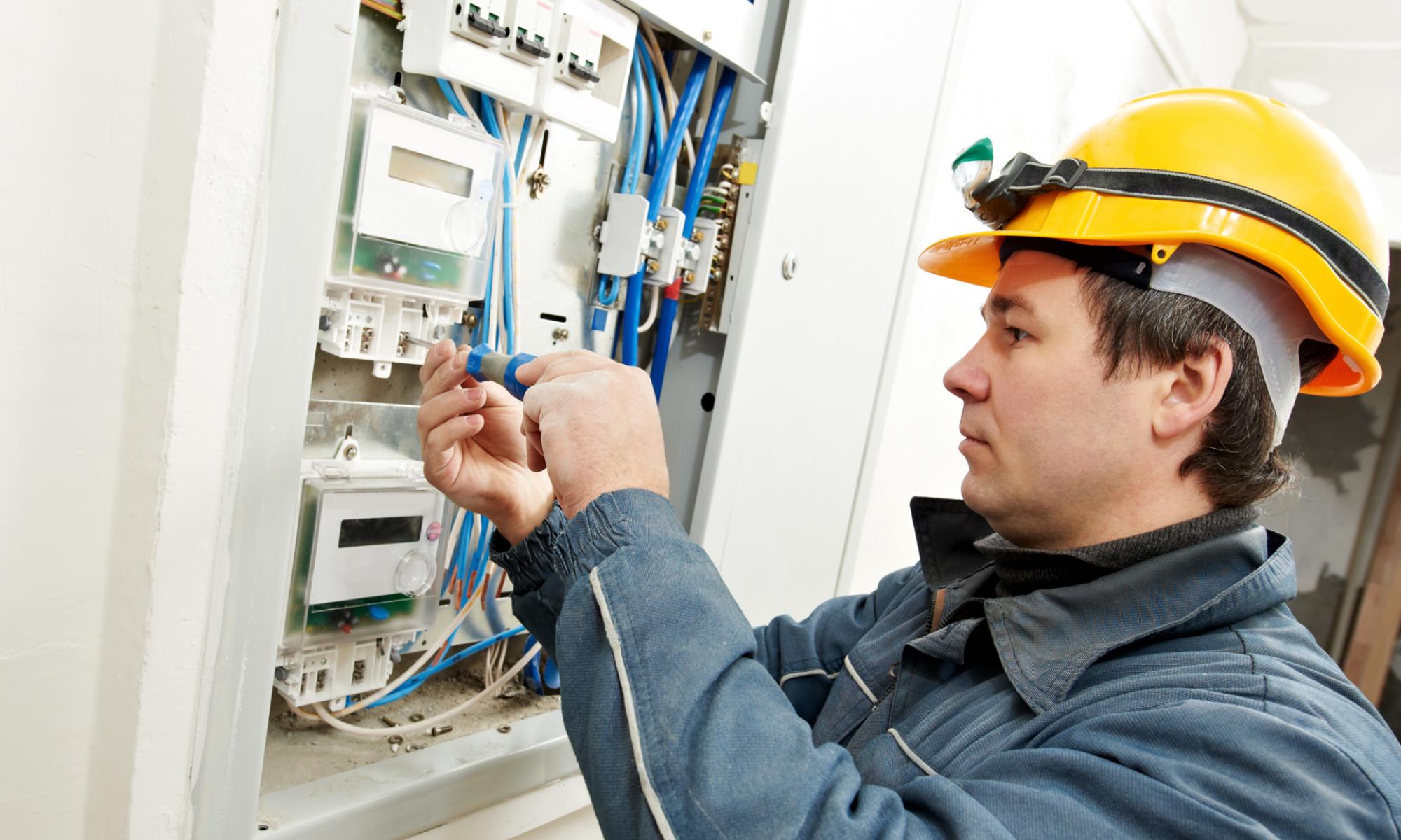 Компания ГСК – услуги электрика по лояльным ценам