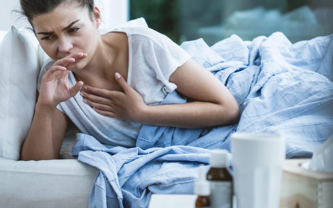 Ежедневный кашель по утрам: в чём может быть причина?