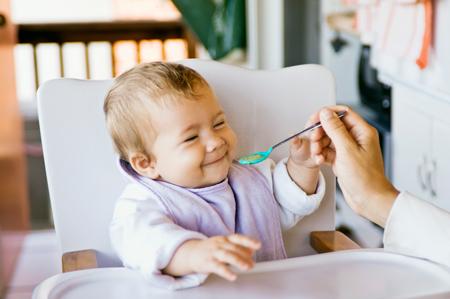 Ребенок отказывается есть, как себя вести?