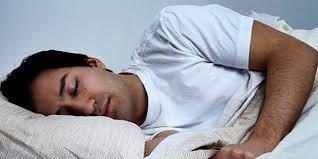 Можете ли вы получить боль в горле от сна с открытым окном?