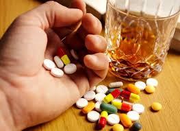 Какие лекарства не сочетаются между собой? 3 опасных варианта