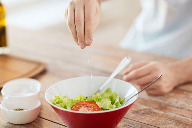 Чрезмерное потребление соли негативно сказывается на иммунитете