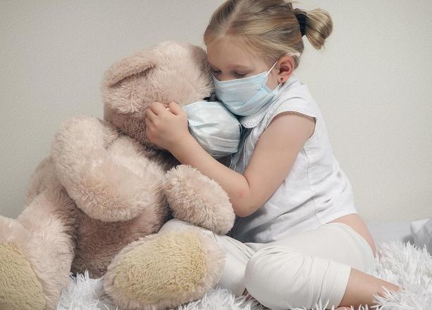 Ученые: дети не являются переносчиками COVID-19