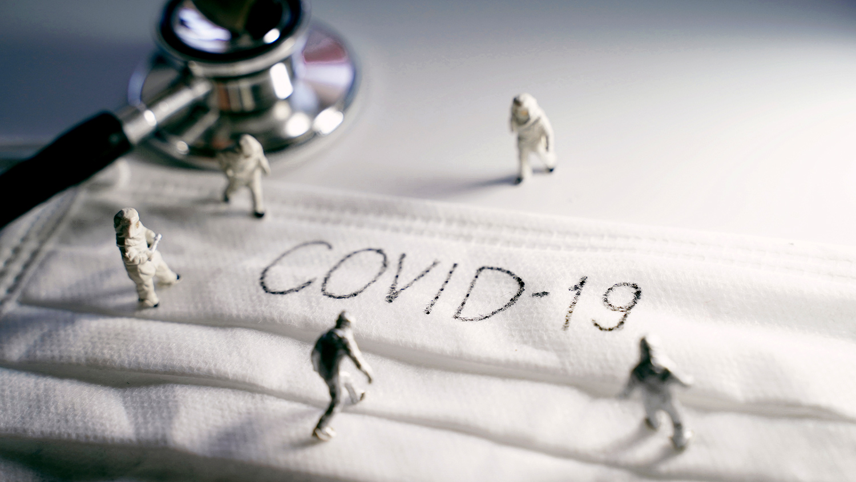 COVID-19 угрожает пожизненными осложнениями — врачи