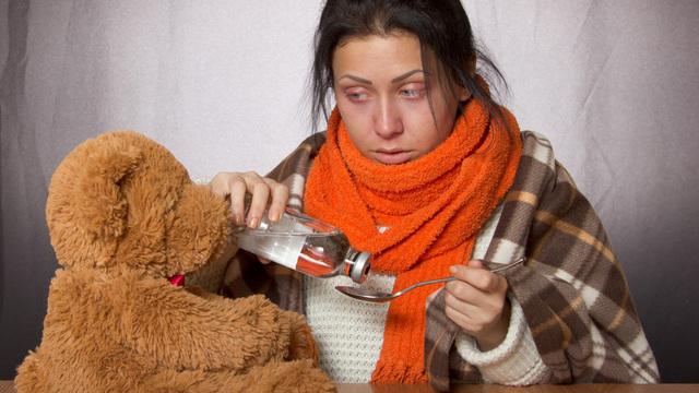 Эксперт ВОЗ разъяснил отличия в симптомах гриппа и COVID-19