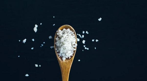 Как соль ослабляет иммунитет и какие ее объемы безопасны