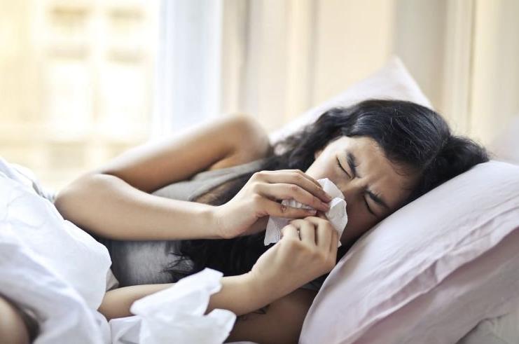 Названы основные ошибки, которые часто допускают при лечении простудных заболеваний