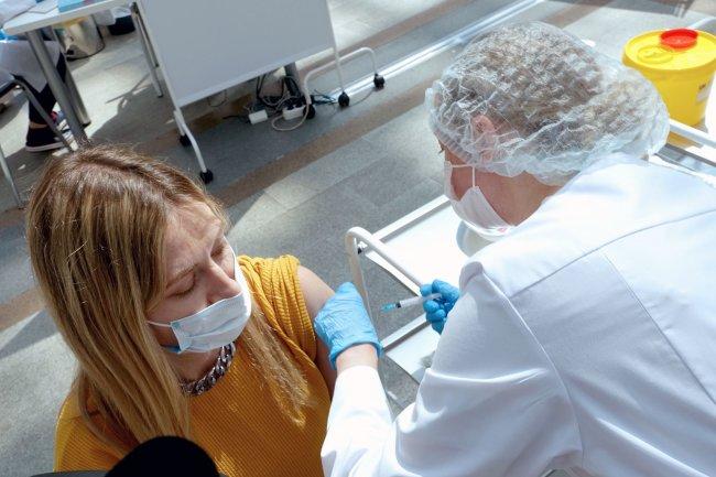 Названы опасные сочетания хронических заболеваний и коронавируса